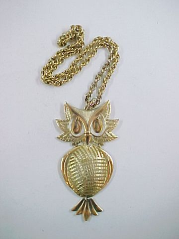 "Vintage Large Goldtone Metal Owl Pendant Necklace Signed Alan with 20"" Chain"