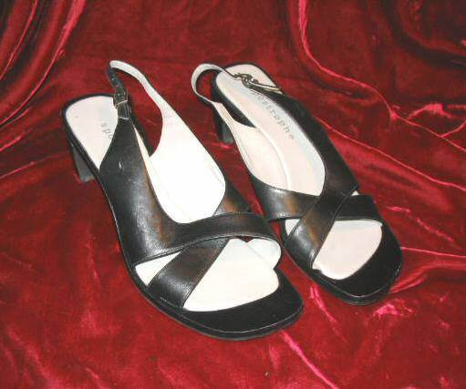Ladys Apostrophe Black Leather Shoes Platform Heels 10 M 10M