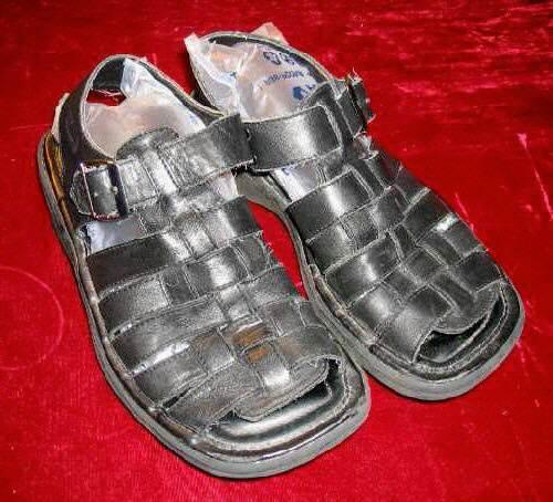 Mens SKECHERS Black Leather Sandals 7 Summer Shoes UK 6 EU 39.5