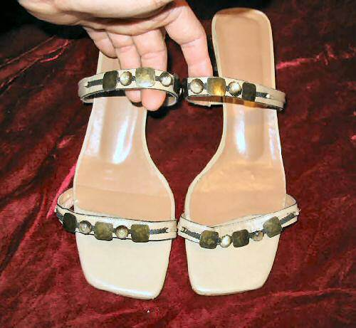 Vintage Cream Leather Brass Sandals Shoes Slides 10 M Brazil