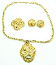 CROWN TRIFARI 1960's Gold Tone Modernist Medallion Necklace Brooch Earring Set - $98.99