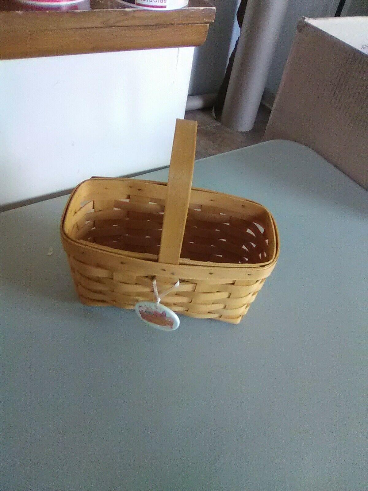 Longaberger Fixed Handle Candle Basket - 1999