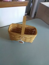 Longaberger Fixed Handle Candle Basket - 1999 - $9.15