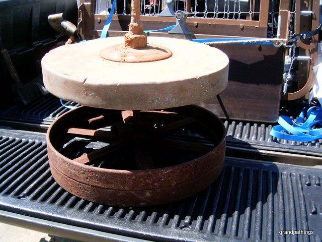 "Antique Rare Sharpening stone Wheel grinder 24"" 1800 Grindstone wheel tool"
