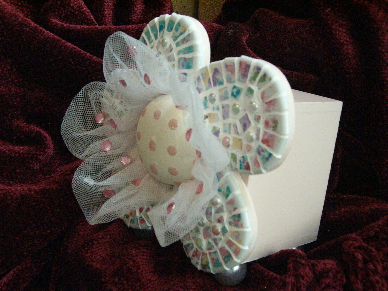 Darling pink frilly little girl coin bank with mosaic flower