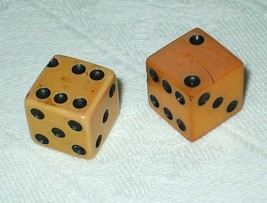 """Poker Game Vintage Dice Pair Ivory Black Pips 5/8"""" Square 1930 Game Coll... - $9.85"""