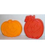 Lot of 2 Vintage Hallmark Halloween Pumpkin Cookie Cutters - $6.49