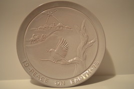 Vintage Frankoma 1975 Peace On Earth Christmas Plate  - $15.00