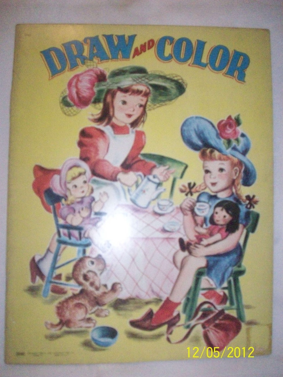 Antique Vintage 1940's SAALFIELD Unused Draw Coloring Book Great Graphic Cover