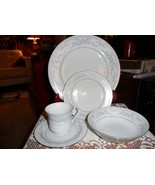 EXCEL SOMERSET Fine China 5 Piece Place Setting Dinner Bread Cup saaucer... - $24.74