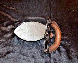 No 3 SAD Iron with G on the Wood Handle AB 565-C Antique image 4