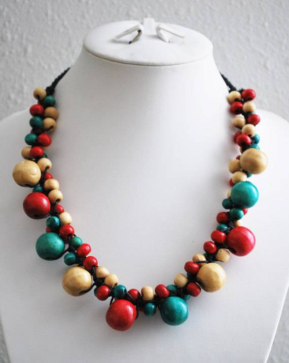 Clustered Wooden Beads Necklace
