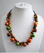 Clustered Wooden Beads Necklace - $10.00