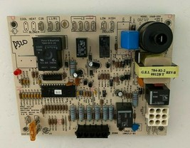 Carrier Bryant 1068-220 Furnace Control Circuit Board 100253-01 used #D320 - $60.78