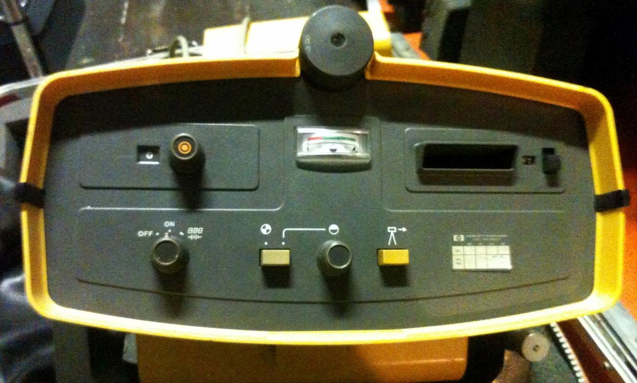 Hewlett Packard HP 3805A 3805 Distance Meter Vintage
