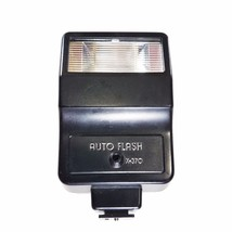 Vantage Auto Flash X -370 Fully Automatic for 35mm Cameras - $8.90