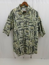 Columbia Mens Short Sleeve Shirt Size L Green Button Front Fishing Lures Cotton - $16.44
