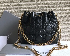 AUTH NEW CHRISTIAN DIOR 2019 RUNWAY LEATHER CANNAGE BUCKET BAG GOLD HW RECEIPT