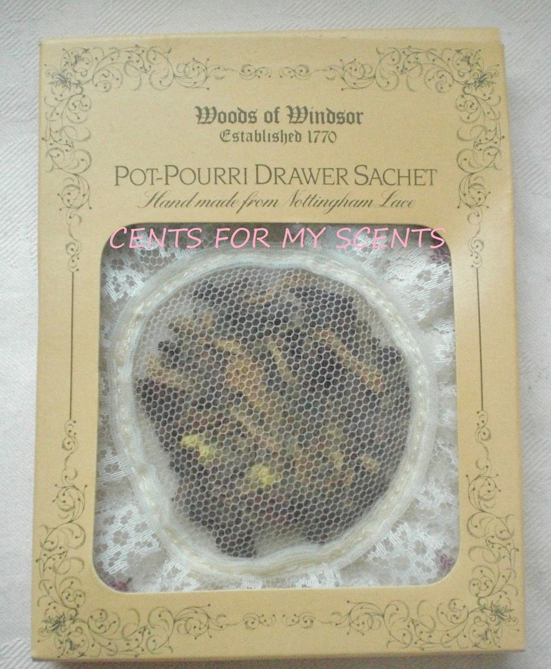 CRABTREE AND & EVELYN WOODS OF WINDSOR POT POURRI DRAWER LACE SACHET