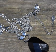 """COOKIE LEE DESIGNER NECKLACE FACETED GLASS SILVER TONE METAL CHAIN COSTUME 15"""" image 4"""