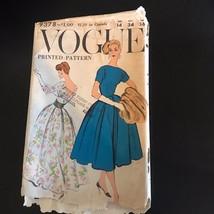 1950's Evening Gown Cocktail Dress Pattern VOGUE 9378 Bateau Neckline Bu... - $69.29
