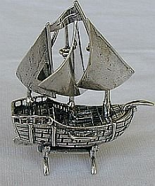 Ship miniature