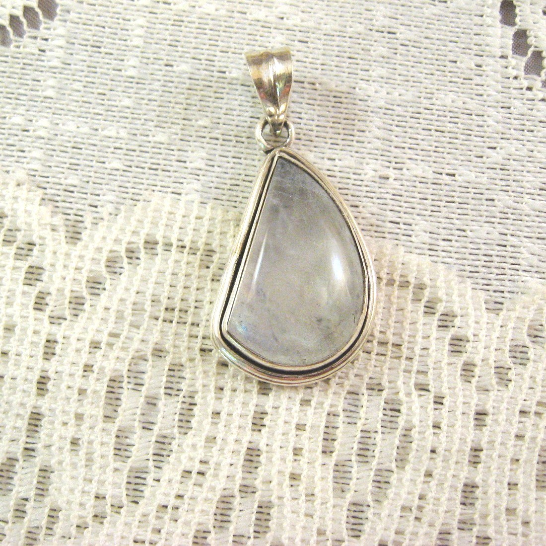Moonstone, .925 Sterling Silver Pendant, 30mm