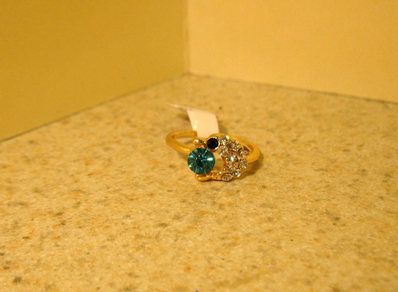 Primary image for RING WOMEN'S FAUX BLUE TOPAZ DOLPHIN RING SIZE 6 NEW #215