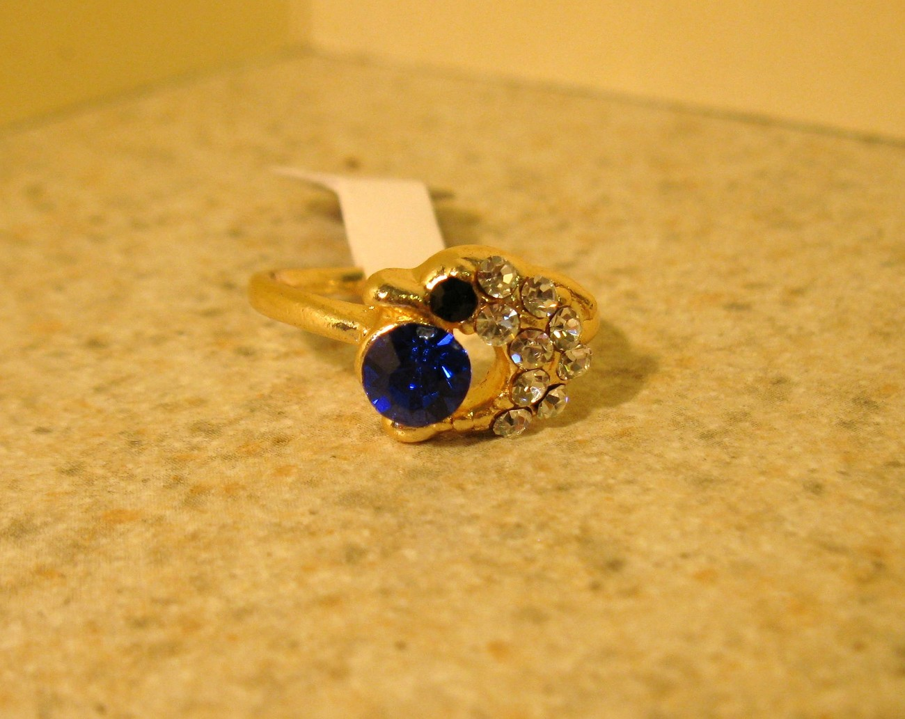 Primary image for RING WOMEN'S FAUX BLUE SAPPHIRE DOLPHIN RING SIZE 5 NEW #219