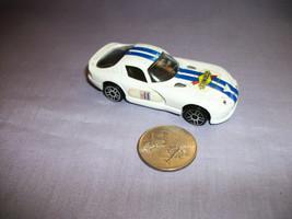 Maisto 1998 Dodge Viper GT2 White Sunoco Race Car - $1.19