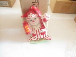CHRISTMAS ORNAMENTS WHOLESALE- 17320- SNOWMAN W/LANTERN - NEW- W23 - $3.42