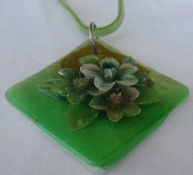 Primary image for Green flowers mother of pearl