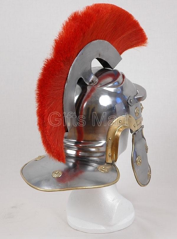 oficial romano casco de centurión con el ciruelo rojo, película de drama r