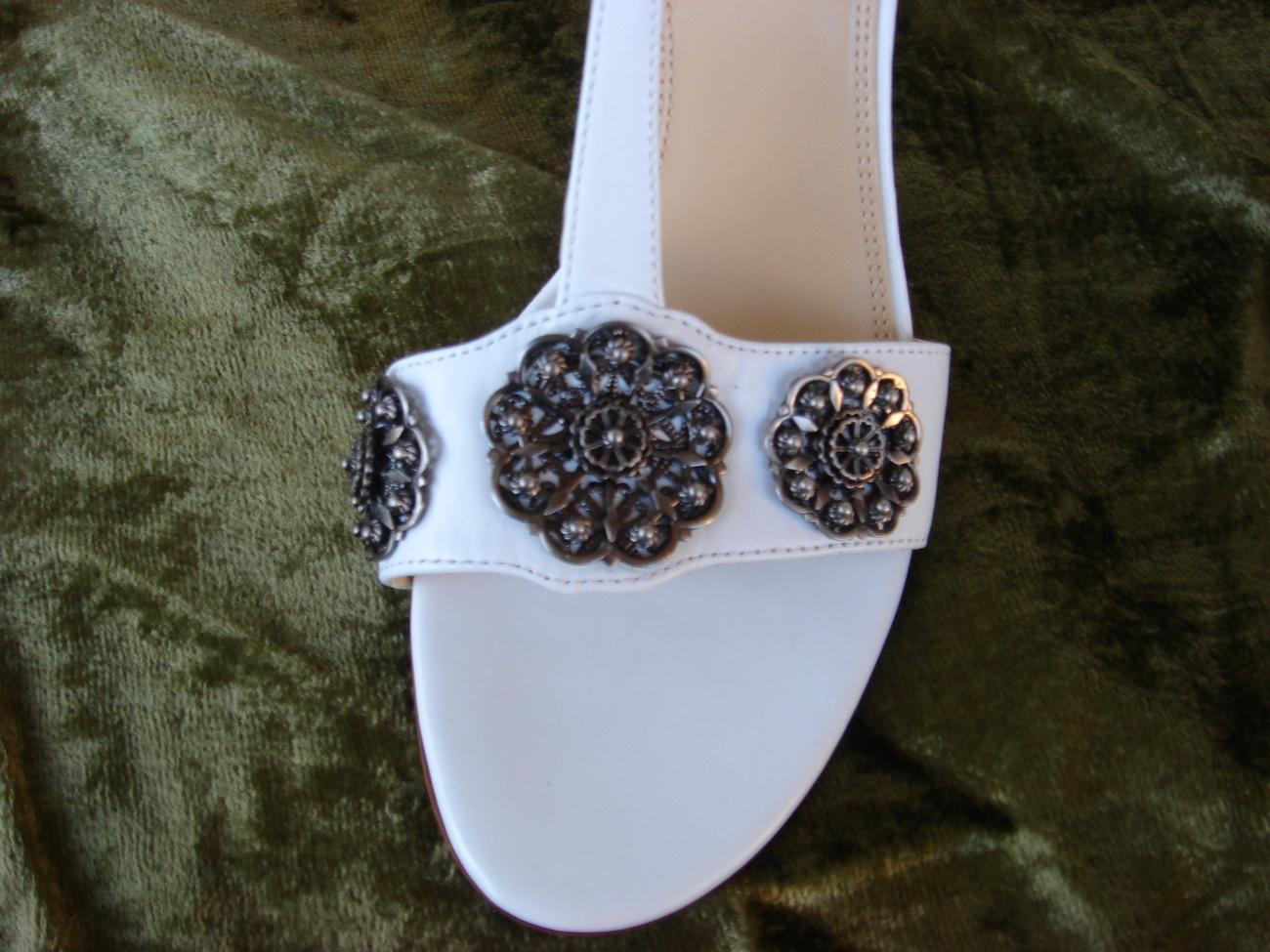Tahari White Leather Sandal  7.5M FREE SHIP