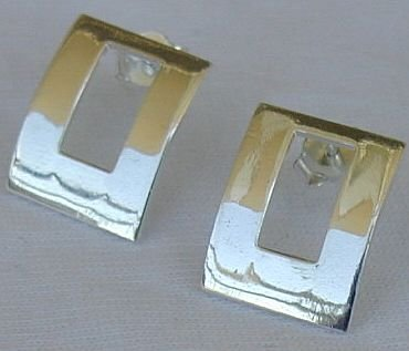 Beautiful open windows earrings