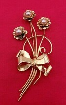 Beautiful Vintage Coro Sterling Vermeil Brooch / Pin with Pearl and Bow ... - $29.00