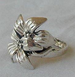 Flower ring-c