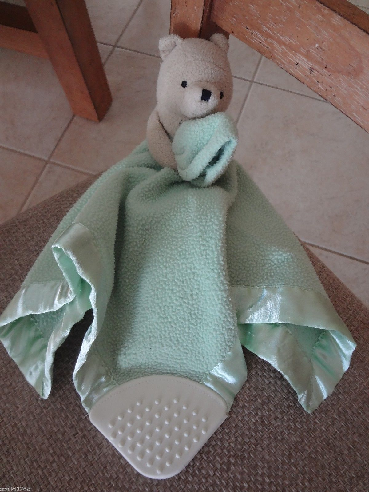 Disney Classic Pooh Security Blanket Lovey Teether Rattle Crinkle Green 14