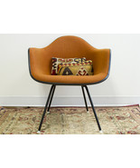 Vintage Orange Upholstered Herman Miller Chair ... - $750.00