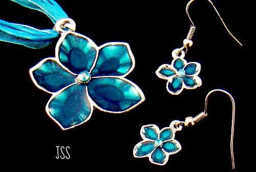 Jss teal blue flower set