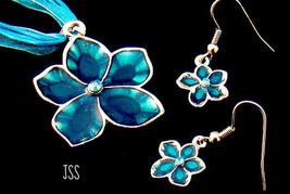 Jss teal blue flower set thumb200