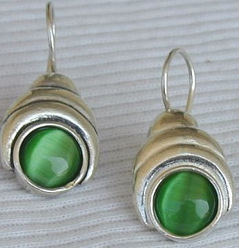Green oval cat eye earrings