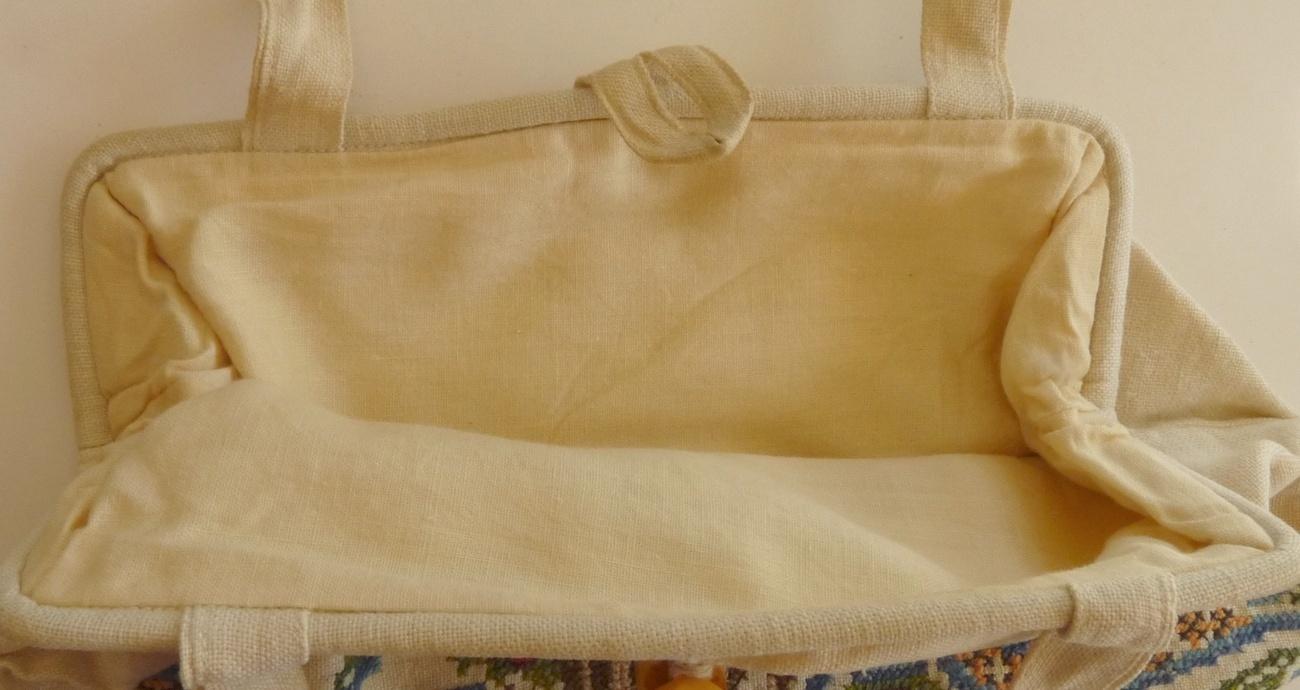 vintage ladies handbag frame purse linen cross stitch 1900 bakelite button mult