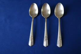 Harmony House Maytime 1944 Set of 3 Teaspoons - $8.91