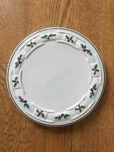 """EUC Longaberger Pottery Traditional Holly Christmas Trivet 8.5"""" Made in USA - $19.39"""