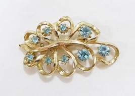 Vintage brooch pin blue rhinestone glass gold tone - $27.72