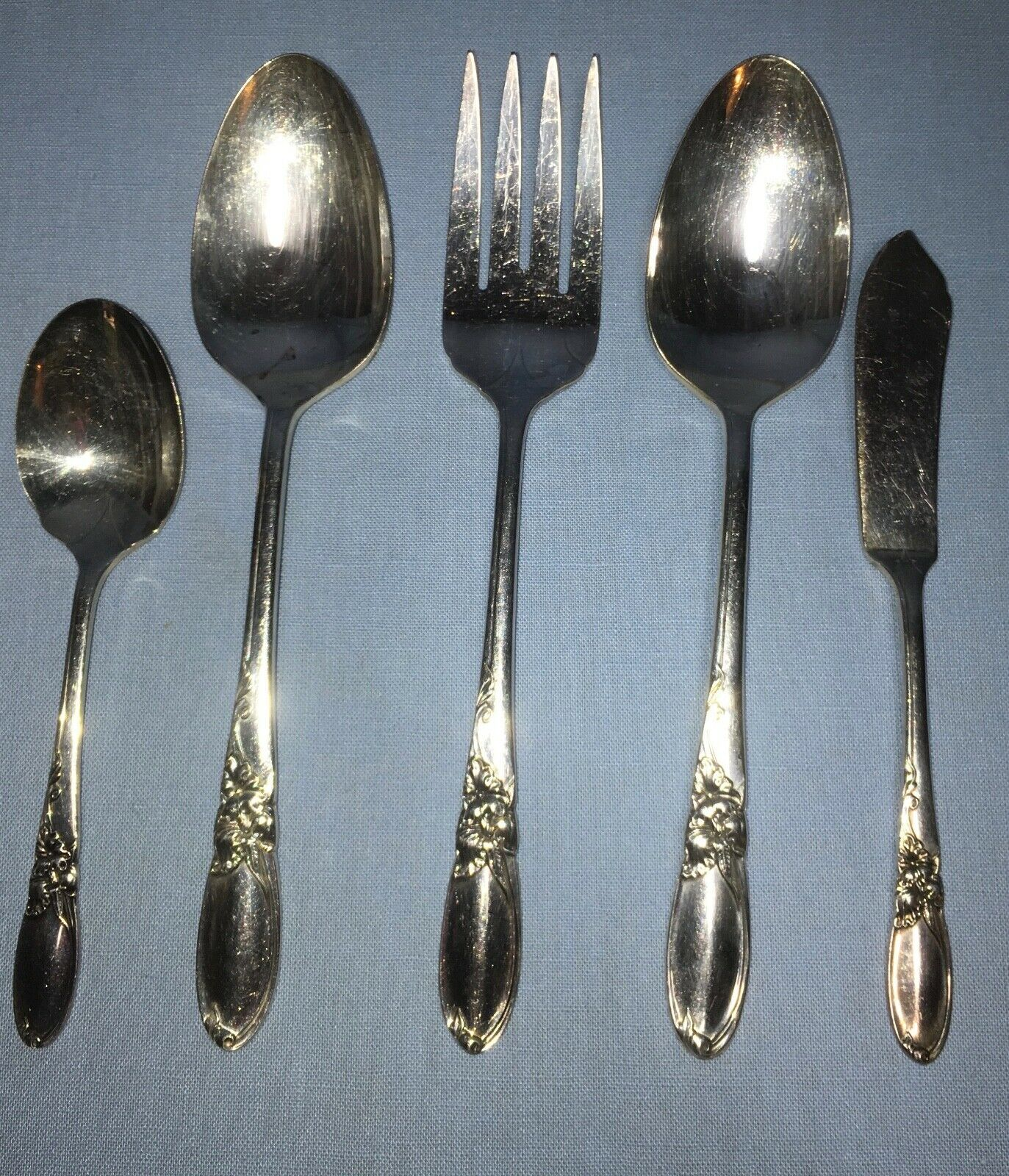 Primary image for 5 pc. Serving set ~ Oneida Community WHITE ORCHID Silverplate