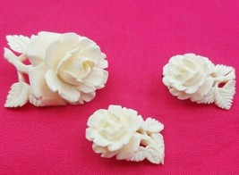 Beautiful Vintage White Carved Flower Clip On Earrings & Pin #6579 - $29.00