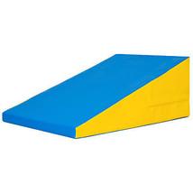 "Non Fold Incline 23"" x 37 ""x 14"" Gymnastics Skill shape Exercise Mat - $2.567,12 MXN"
