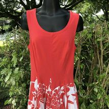 Vasna Desire Sleeveless Fit Flare Dress Size Small Coral White Floral Hawaiian image 5
